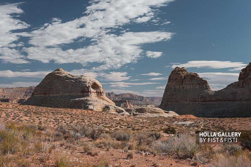 Скалистый каньон в Utah, США. Небо над пустыней. Фотографии для интерьера