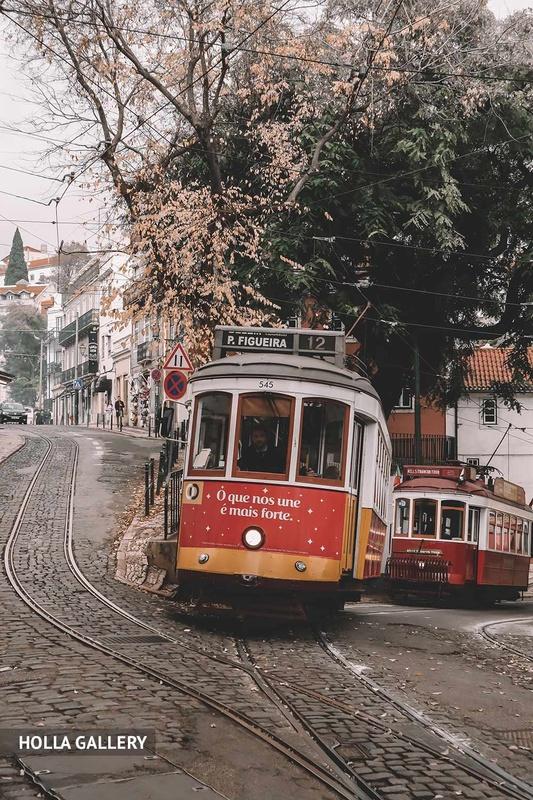 Трамваи на улицах Лиссабона