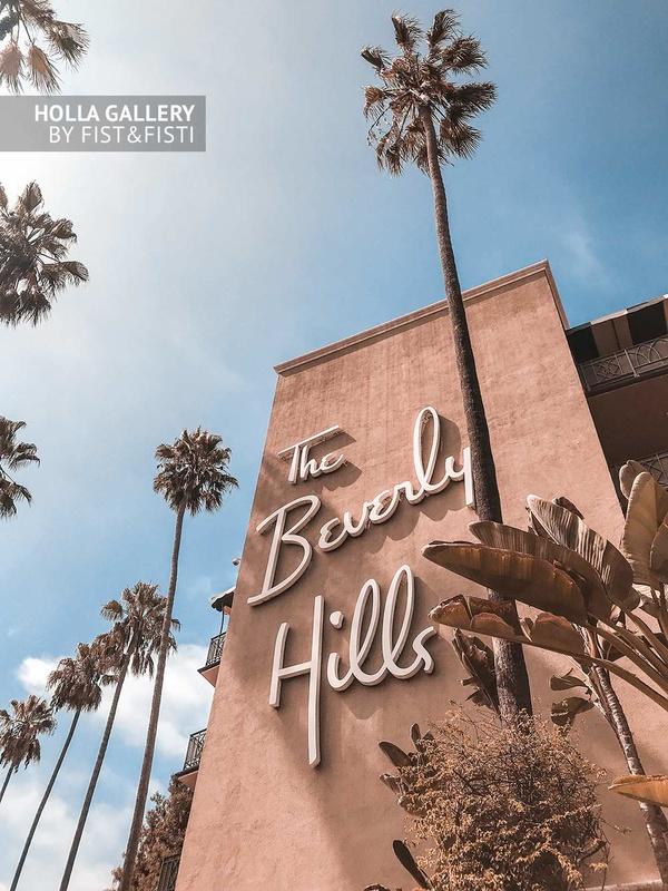 Отель Beverly Hills среди пальм в солнечном Лос Анджелесе, принты