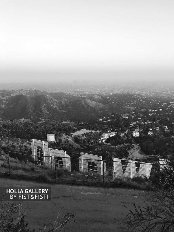 Обратная сторона надписи Hollywood в Los Angeles