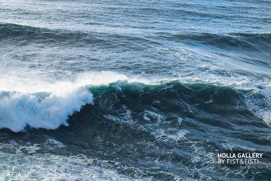 Большие волны Nazare. Волны в океане, фотообои для интерьера