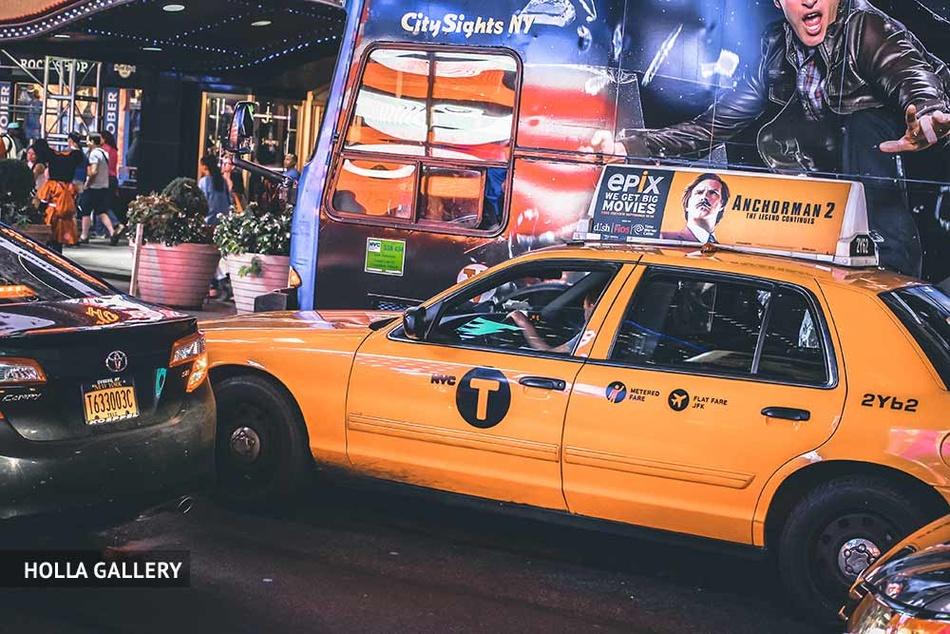 Желтое такси на улицах Нью-Йорка