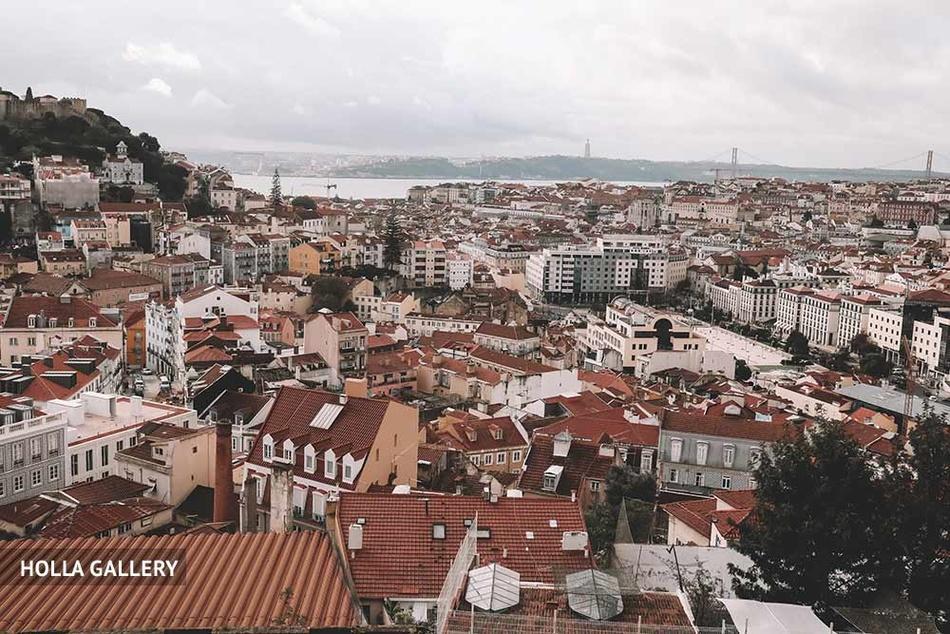 Вид с птичьего полета на Лиссабон