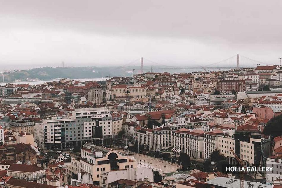 Вид на Лиссабон сверху