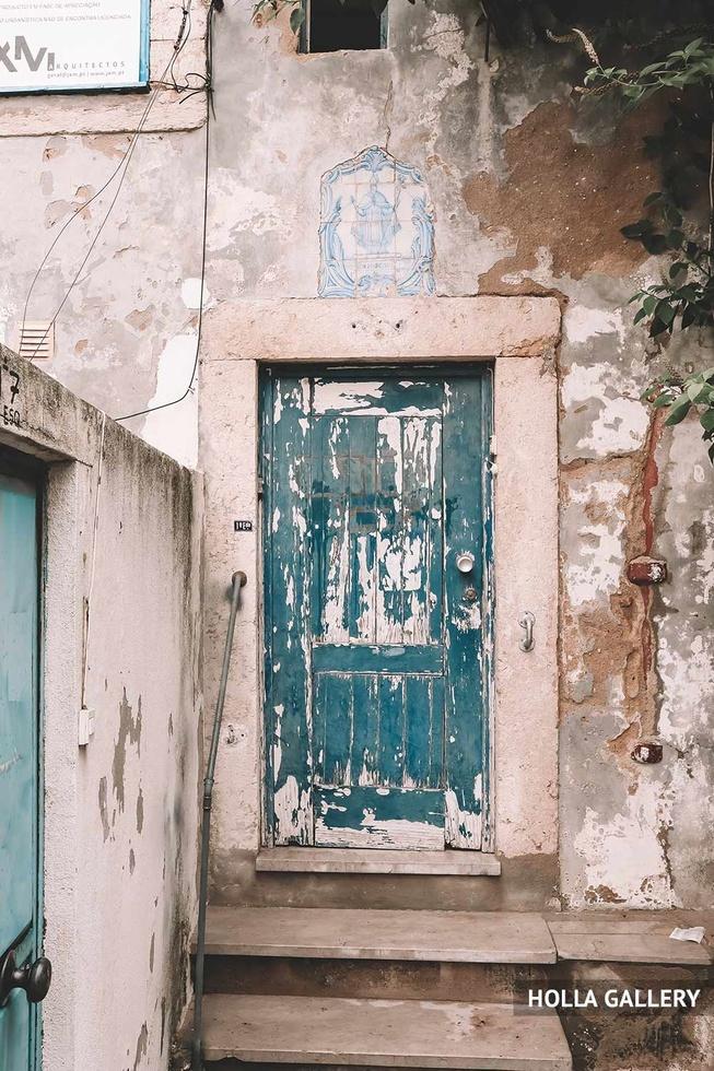 Старая голубая дверь Лиссабона