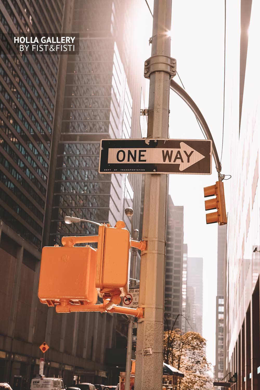 Знак ONE WAY в New York City